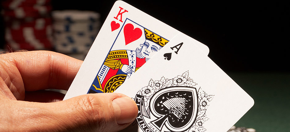 How To Play Blackjack – Table Games Made Easy