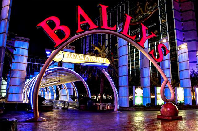 Health club las vegas hotel casino casino deuces online wild